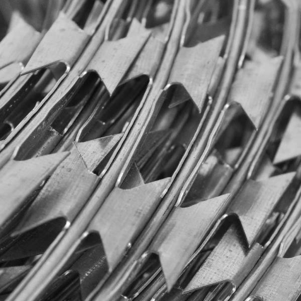 Sârmă ghimpată cu lame tip NATO 60 m