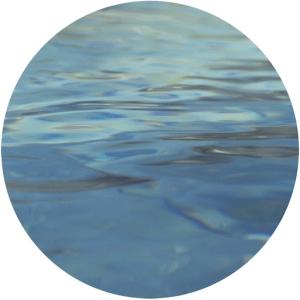 Couleur eau piscine inox