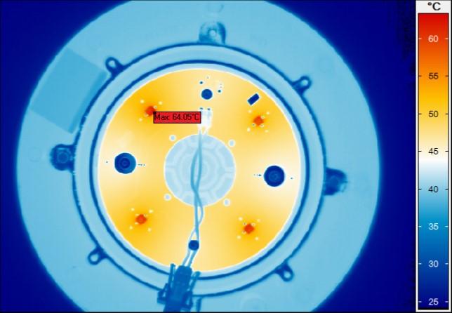 Mesure optique sur système optique LED