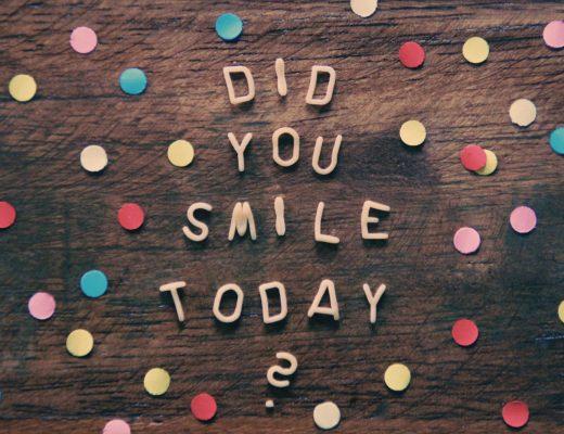Tylko poważni ludzie się uśmiechają
