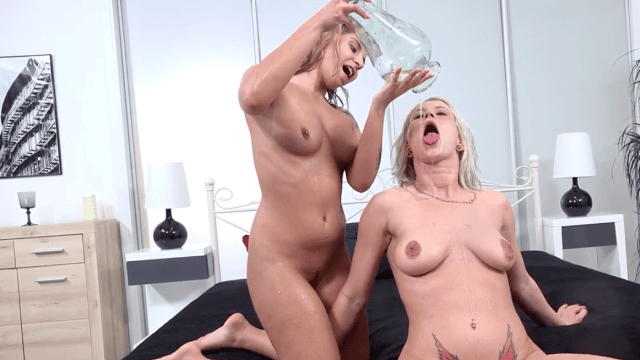 Two blondes playing hot piss games