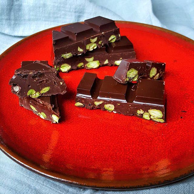 tableta chocolate y pistachos