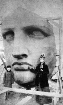 A cabeça da Estátua da Liberdade, 1885