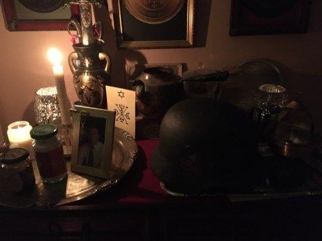 これは、GoetiaデーモンHalphasと一緒の幽霊の儀式です。私も死んだ兵士を召喚しました。