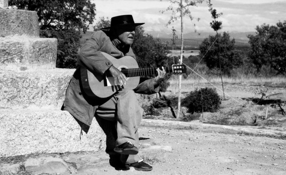 Pit Productions Singer on Camino de Santiago Black and White