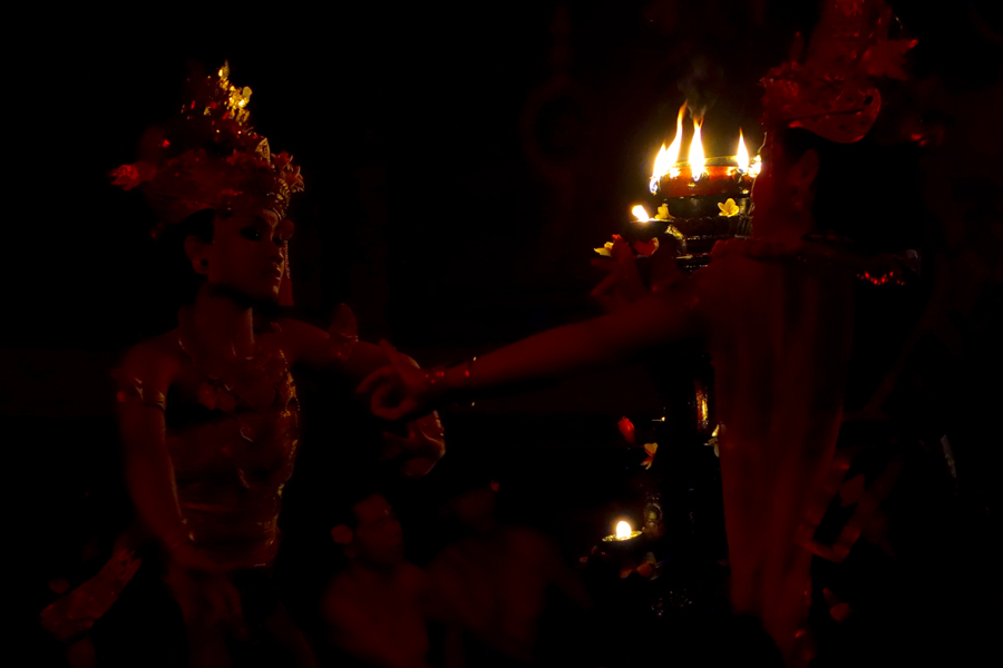 Pit Productions Performing The Mahabharata Indonesia