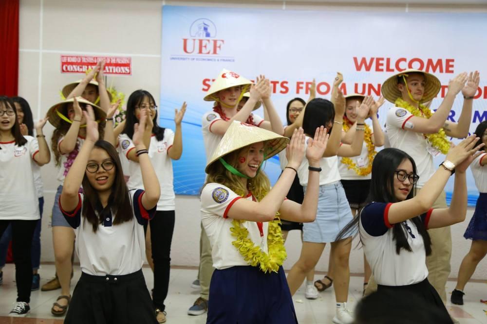 UEF welcome dance 3.jpg