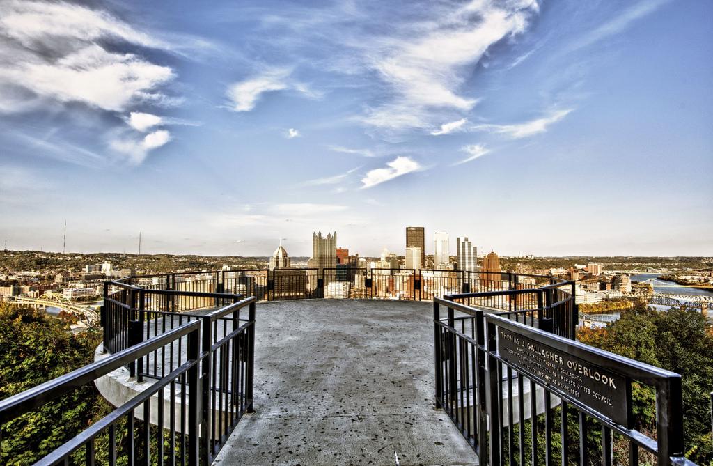 romantic dates in Pittsburgh