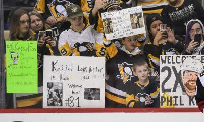 Pittsburgh Penguins score vs. Arizona Coyotes