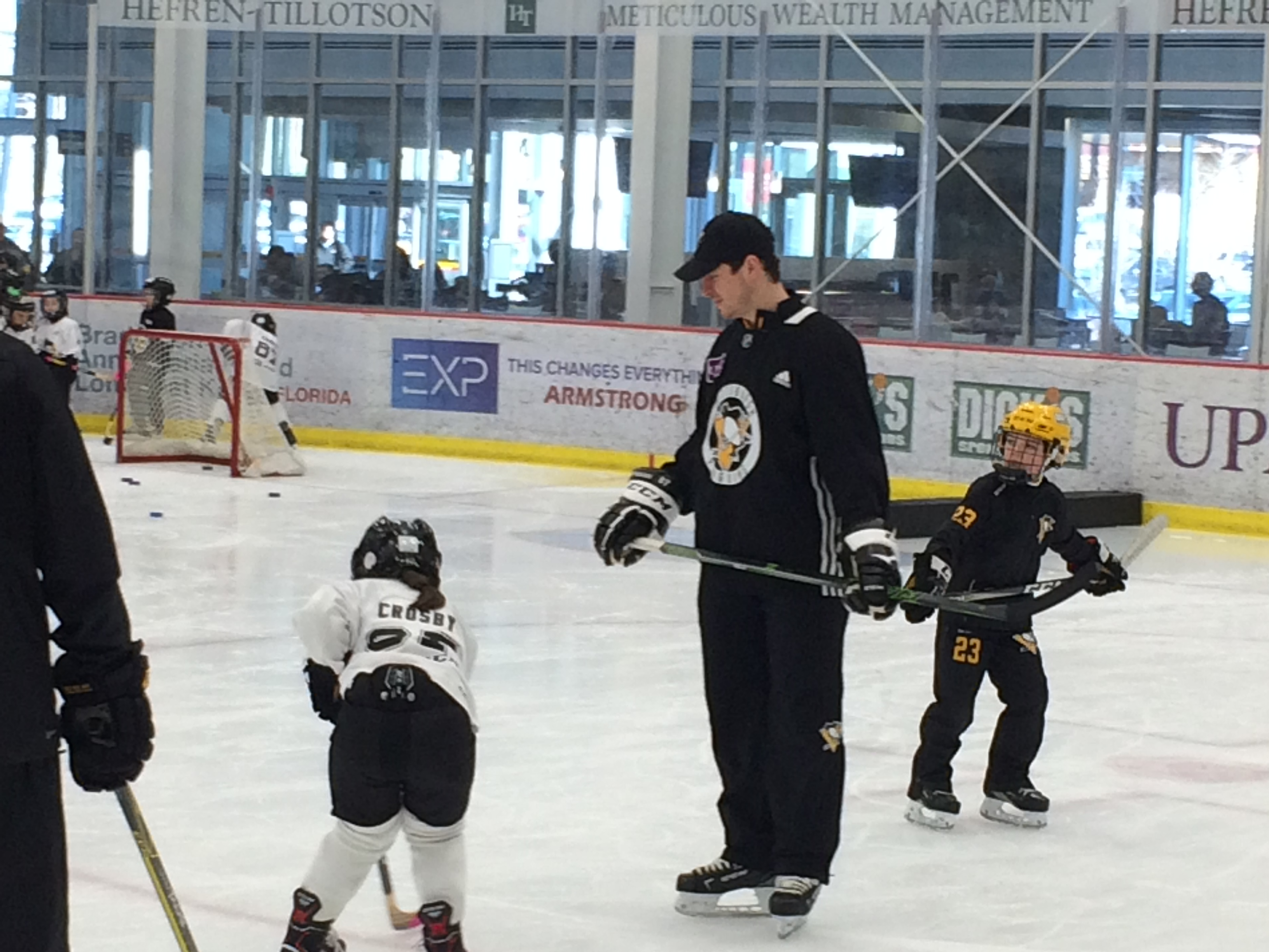 Sidney Crosby and kid