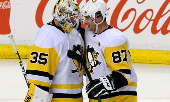 Pittsburgh Penguins Tristan Jarry and Sidney Crosby