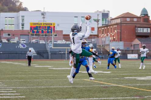 PITTSBURGH, PENNSYLVANIA : during the Pittsburgh City League Football Championship game at Cupples Stadium on November 14, 2020 in Pittsburgh, Pennsylvania (Photo by Jared Todhunter)