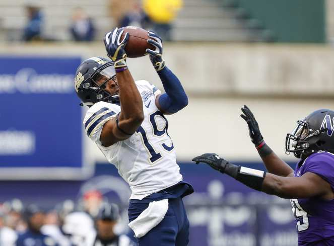 Dontez Ford #19 of the Pittsburgh Panthers makes a catch in the first quarter. The Northwestern Wildcats defeated the Pittsburgh Panthers 31-24 in the 2016 New Era Pinstripe Bowl at Yankee Stadium on Wednesday, December 28, 2016.