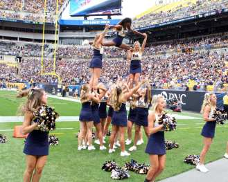Pitt Cheerleaders September 2, 2017 -- David Hague