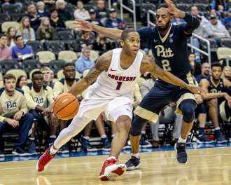Mike Lewis II (1) in the City Game at PPG Paints Arena December 1, 2017 -- DAVID HAGUE