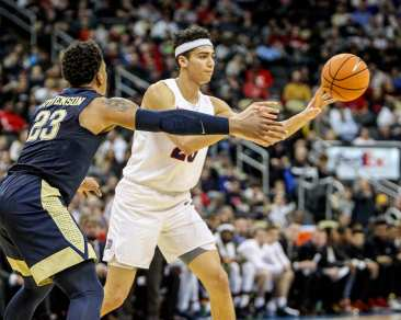 Tydus Verhoeven (25) in the City Game at PPG Paints Arena December 1, 2017 - David Hague - PSN