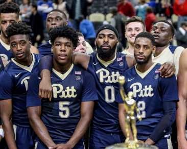 Pitt Celebrates winning the the City Game at PPG Paints Arena December 1, 2017 -- DAVID HAGUE