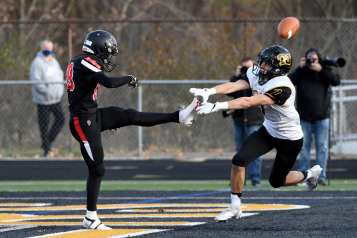 PITTSBURGH, PENNSYLVANIA - NOVEMBER 13: during the WPIAL Class 4-A Football Championship game at Newman Stadium on November 13, 2020 in Pittsburgh, Pennsylvania (Photo by Justin Berl)