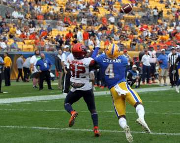 Therran Coleman (4) with the interception to win it for Pitt October 6, 2018 -- DAVID HAGUE