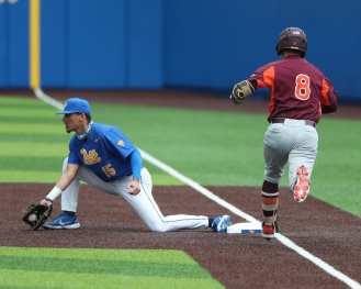 Bryce Hulett (15) Pitt Baseball March 28, 2021 - Photo by David Hague/PSN