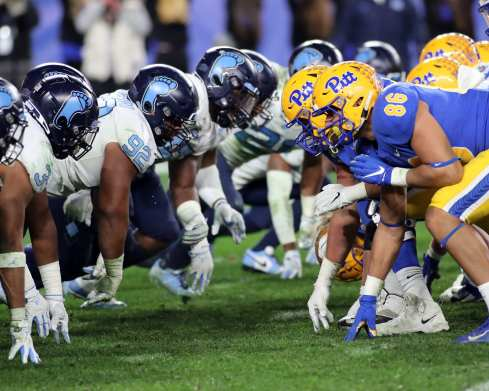 Pitt Lines up against UNC Football November 14, 2019 -- David Hague/PSN