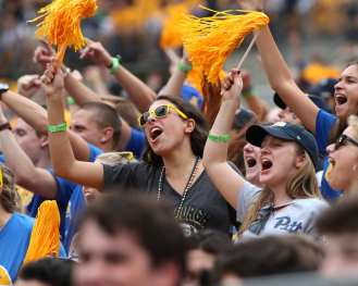 Pitt Students September 7, 2019 Photo By David Hague/PSN