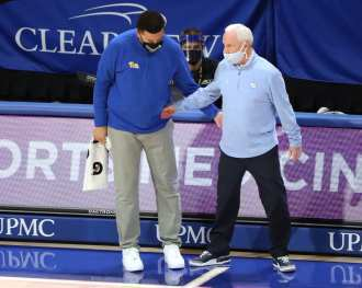 Coach Jeff Capel and Coach Roy Williams January 26, 2021 Photo by David Hague/PSN