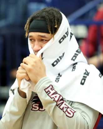 Saint Joseph's player reacts to Pierfrancesco Oliva (24) injury January 12, 2019 -- David Hague/PSN