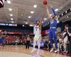 Ryan Murphy (24) shoos a 3 pointer November 12, 2019 -- David Hague/PSN