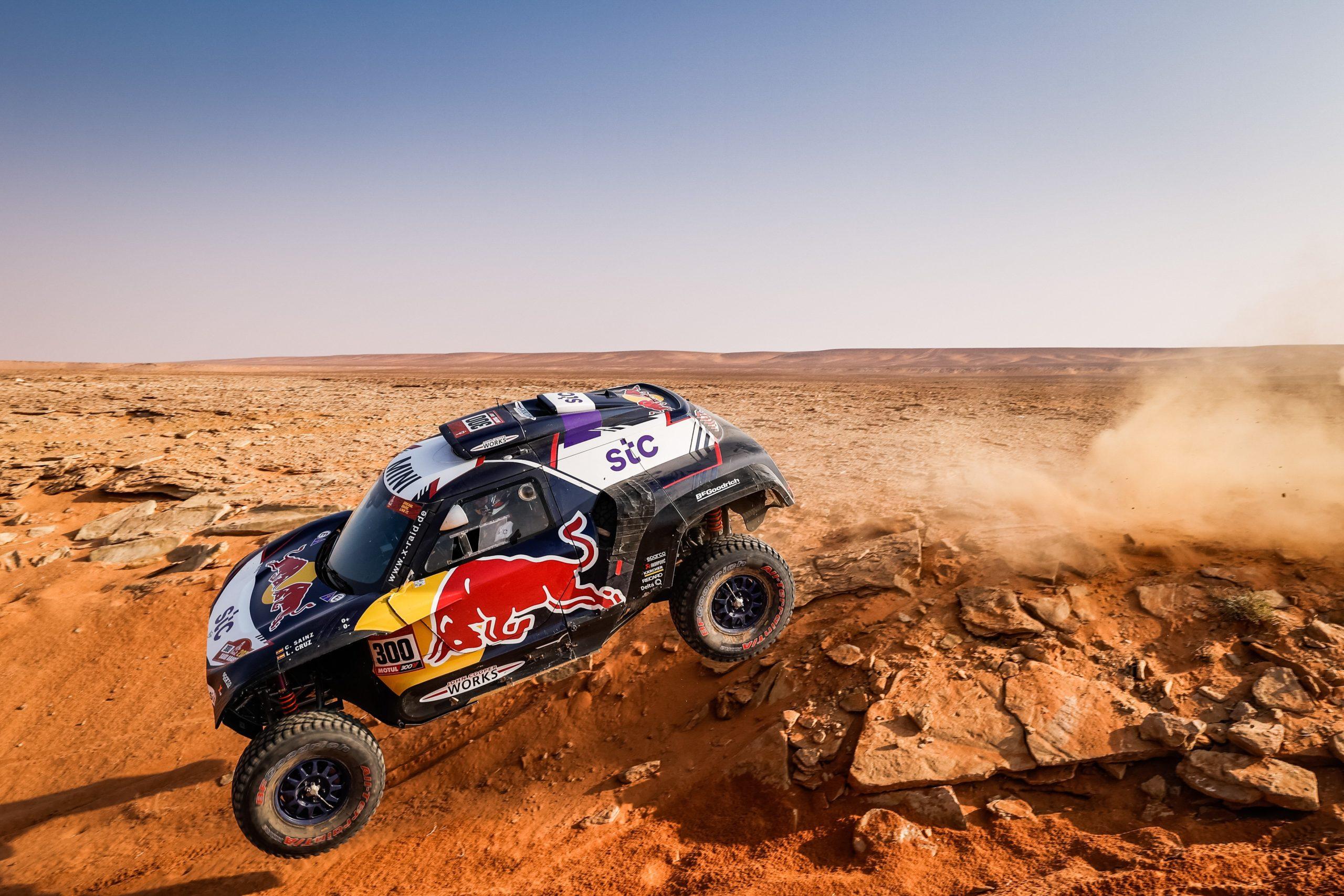 300 Sainz Carlos (esp), Cruz Lucas (esp), Mini, X-Raid Mini JCW Team, Auto, action during the 8th stage of the Dakar 2021 between Sakaka and Neom, in Saudi Arabia on January 11, 2021 - Photo Frédéric Le Floc'h / DPPI