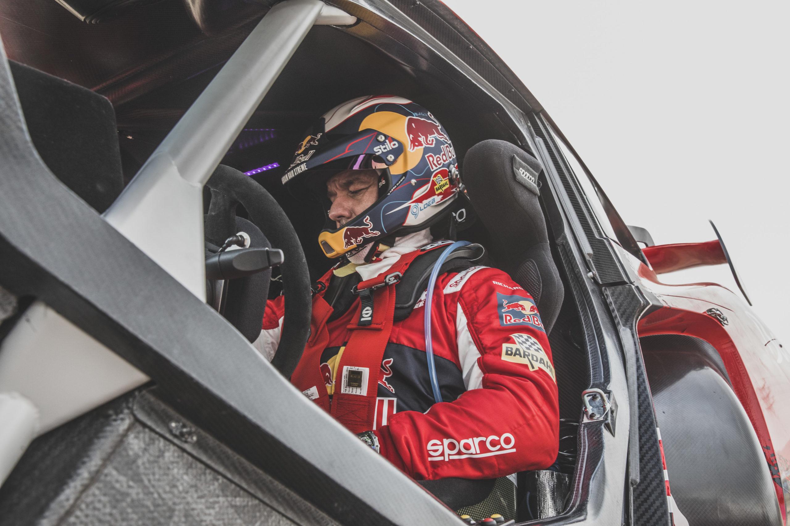 Sébastien Loeb (FRA) for Bahrain Raid XTreme seen during shakedown of Rally Dakar 2021 Djeddah, Saudi Arabia on December 31, 2020. // Flavien Duhamel/Red Bull Content Pool // SI202012310115 // Usage for editorial use only //