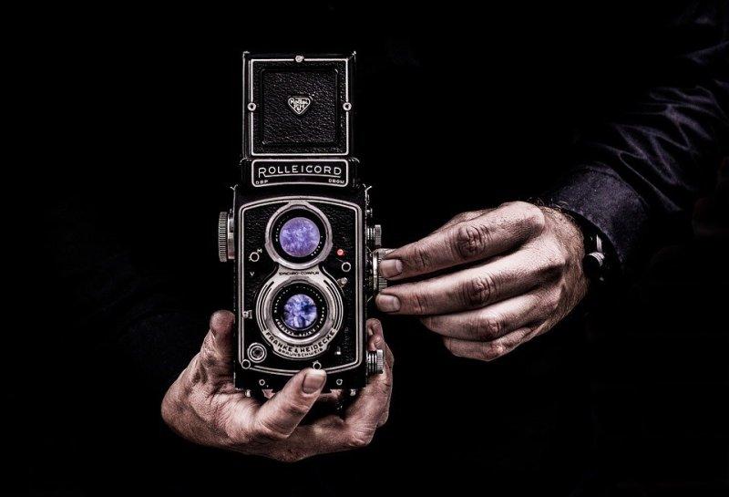 macchina-fotografica-vecchia