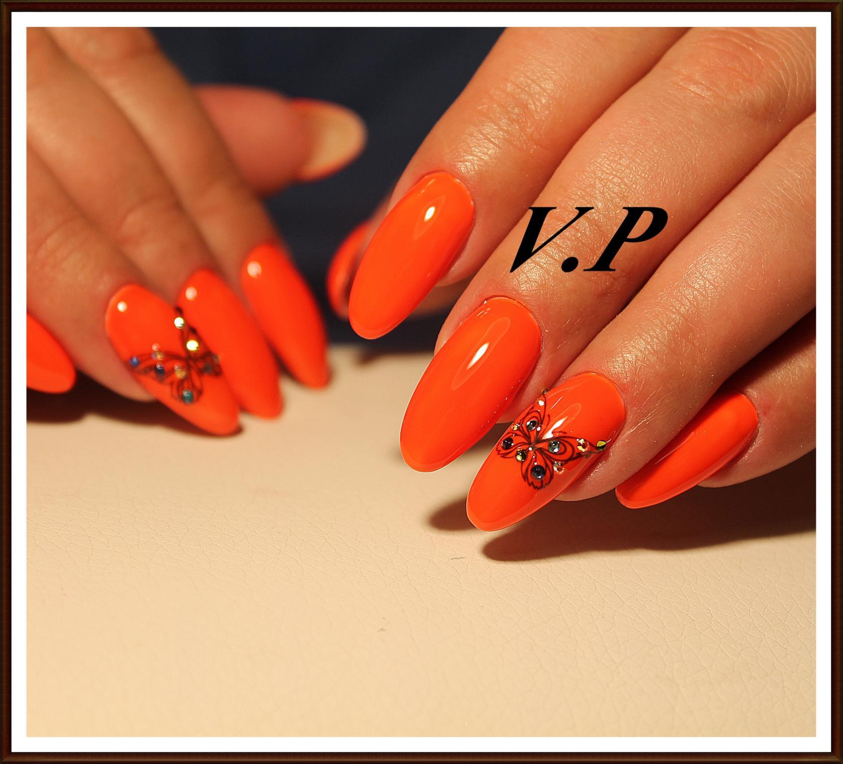 Interesting And Fashionable Ideas Of Orange Nail Art 2020