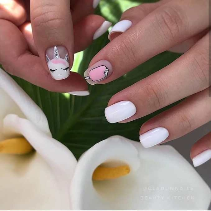 Bright nail art with a unicorn: stylish ideas for manicure in the photo and how to do it 99