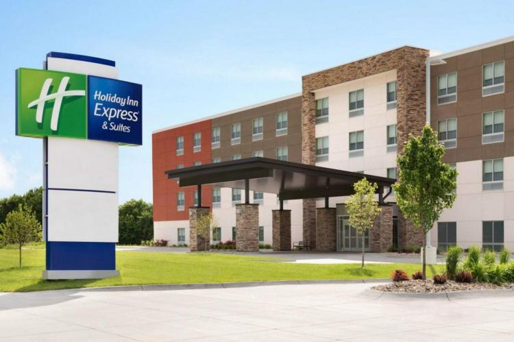 Holiday Inn Express and Suites Asheboro