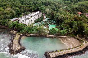 Alamat dan Tarif Hawaii Resort Family Suites - Mulai dari USD 60 - b268d7744dacc3bf47bad703ecd7f227