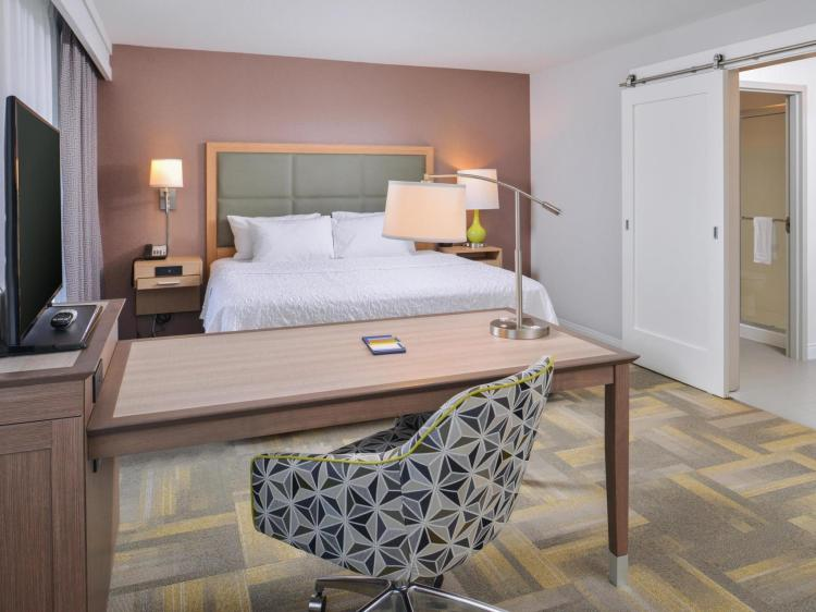 Hampton Inn and Suites Altoona-Des Moines