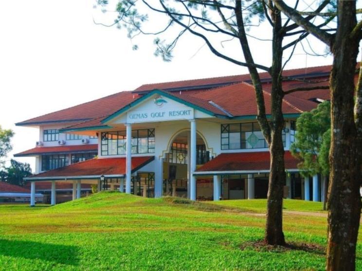 Gemas Golf Resort