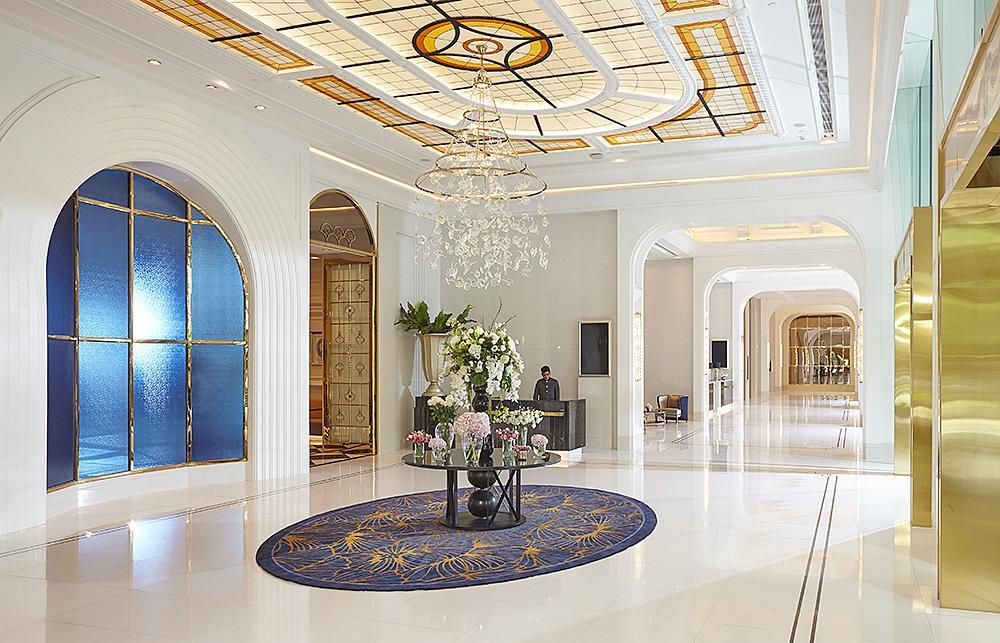 Grande Centre Point Sukhumvit 55 Thong Lo Hotel (Bangkok) - Deals,餐廳,Grande Centre Point Sukhumvit 55 Thong Lo設有停車場。  泳池從2020年7月24日起關閉, Bangkok,優雅,健身房超專業, Photos & Reviews