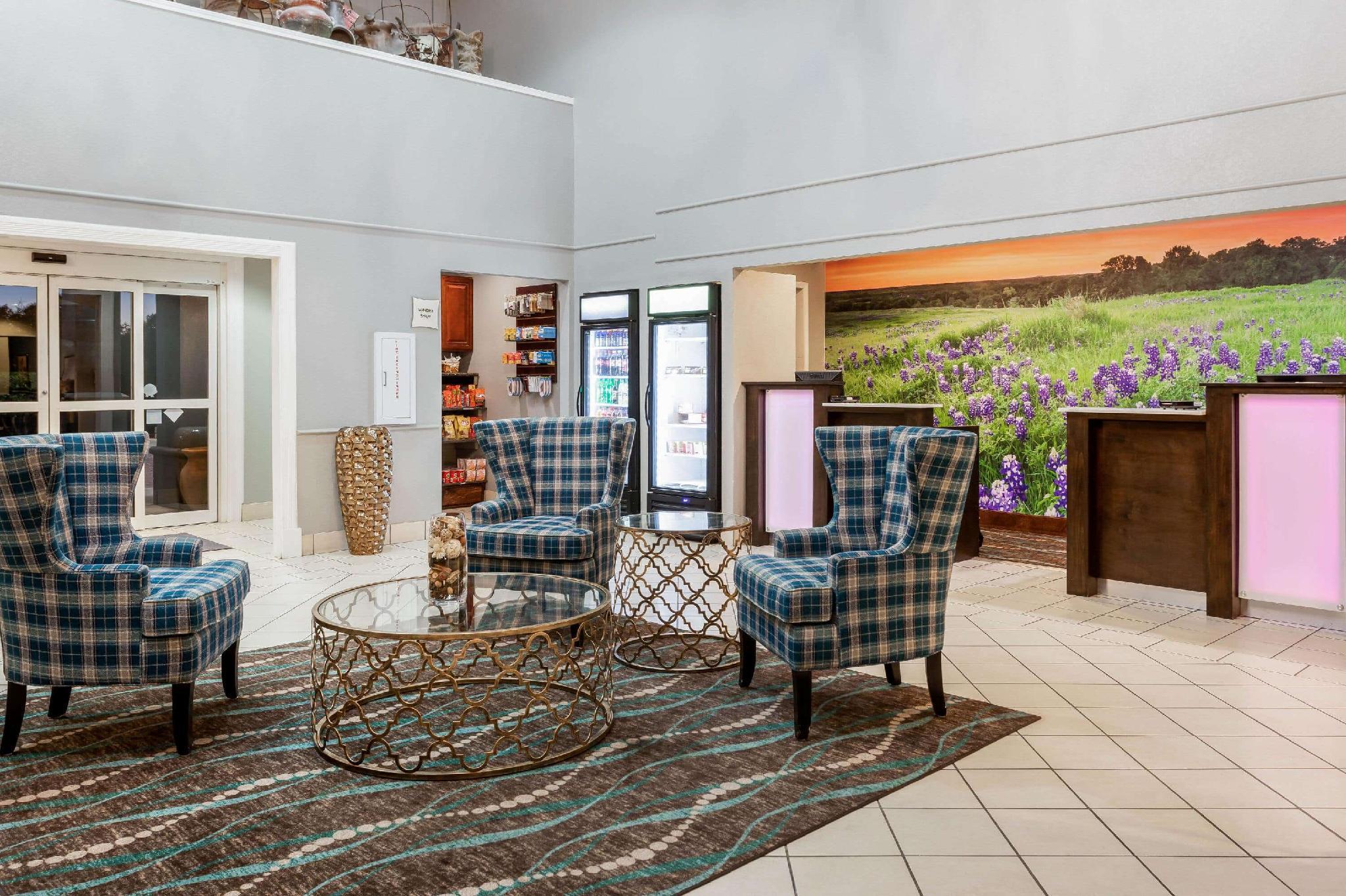 la quinta inn suites by wyndham