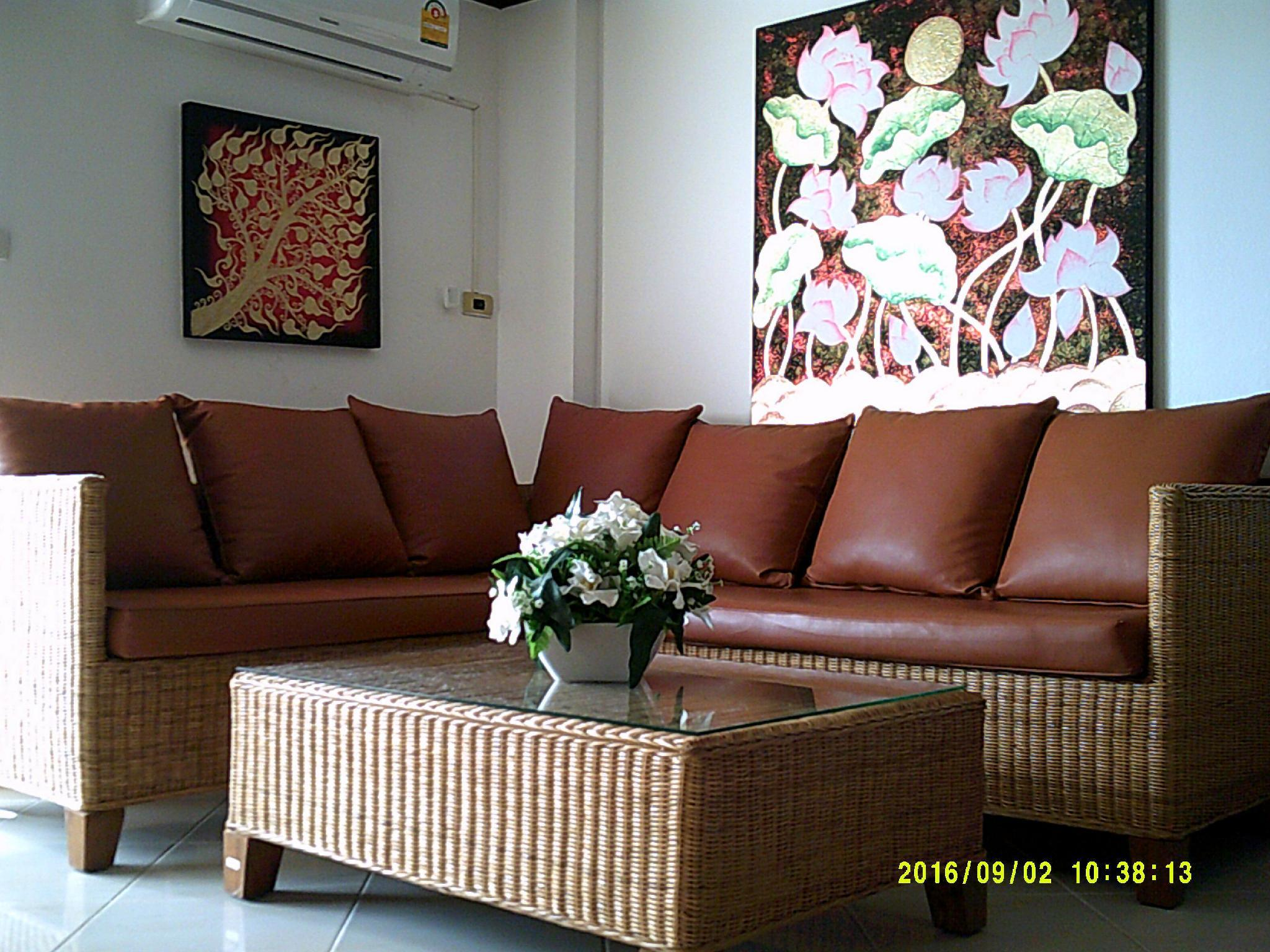 Well Designed And Nice Decorated Apartment Near The Beach