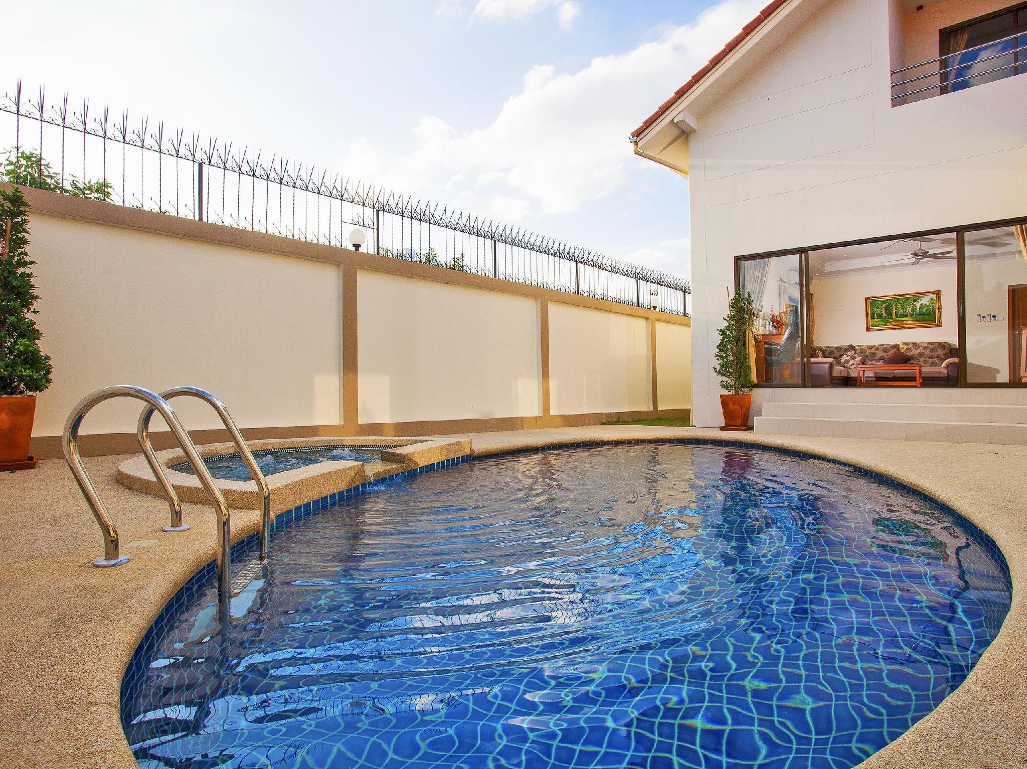 the grove villa pattaya best price
