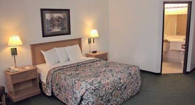 America's Best Inn - Annandale