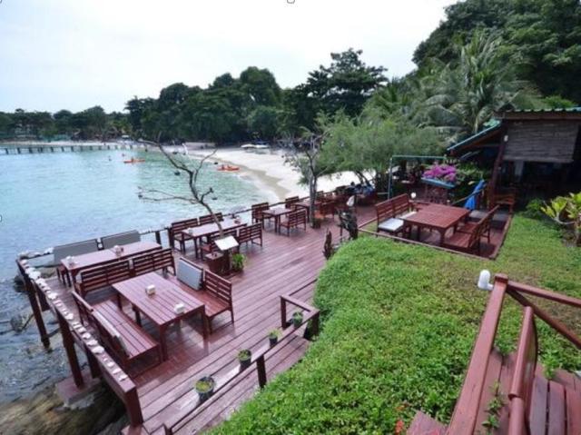 Tongta Phaview Resort