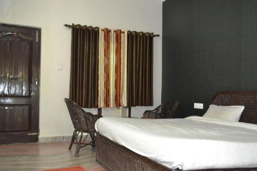 V Resorts Corbett Crown Belparao India Booking Best Price deals Best Hoels in Belparao-2