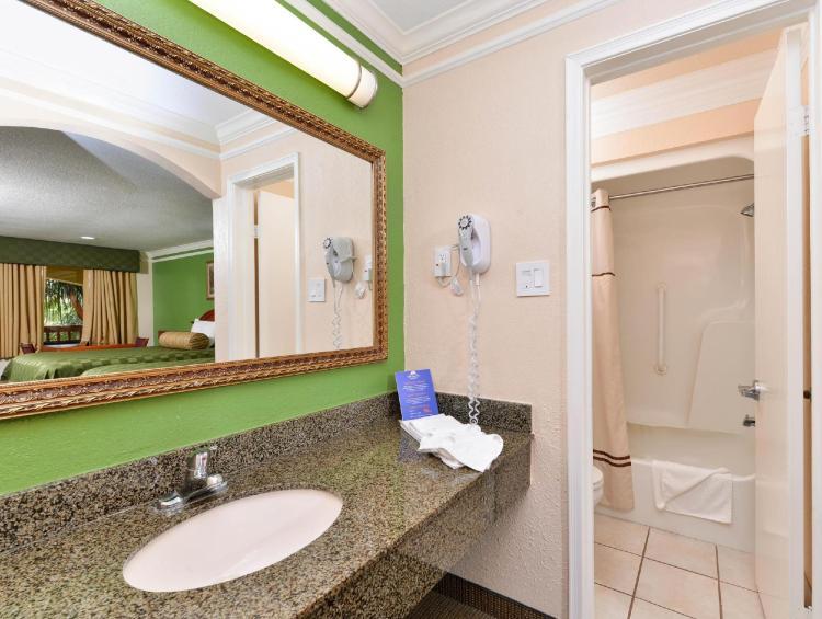 Americas Best Value Inn & Suites Alvin Houston