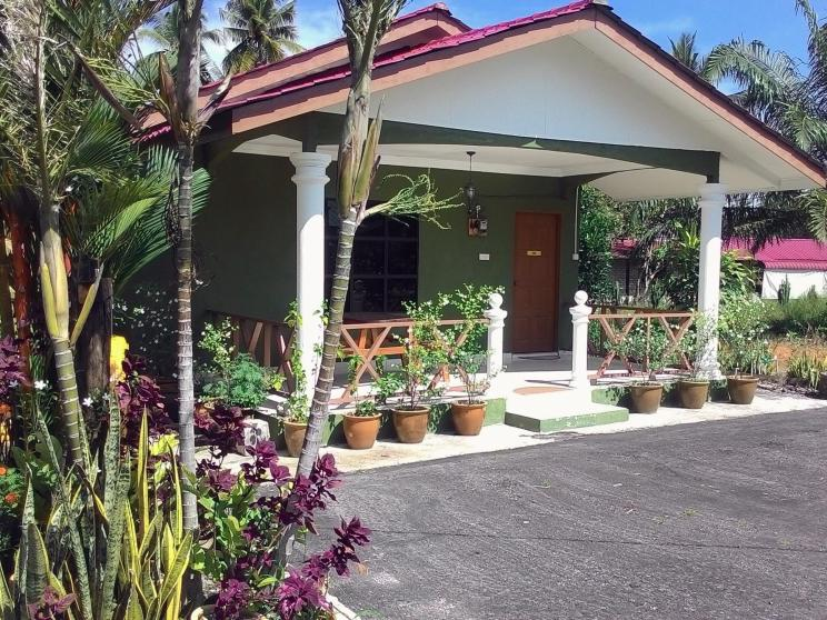Rumah Jua at D Idaman Chalet