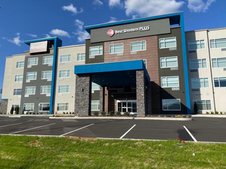 Best Western Plus Executive Residency Antioch Inn