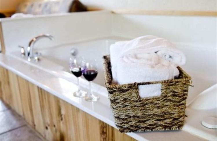 Hidden Lake Winery