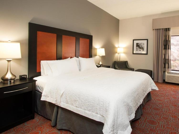 Hampton Inn Stafford and Conference Center